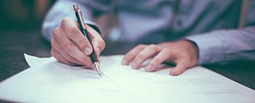 Банкам будут выдавать базовые и универсальные лицензии. Микрофинансовые компании впишут в банковскую систему