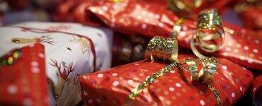 Радуем себя к Новому году: что выбрать в подарок для себя и где взять на это деньги