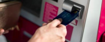 Способы защиты от вирусов при оплате покупок и снятии наличных